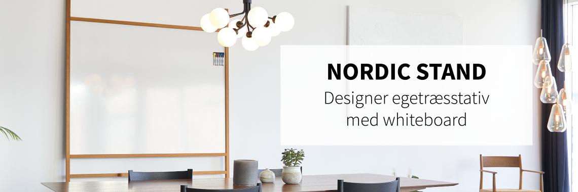 Nordic Stand – flot egetræsstativ med whiteboard