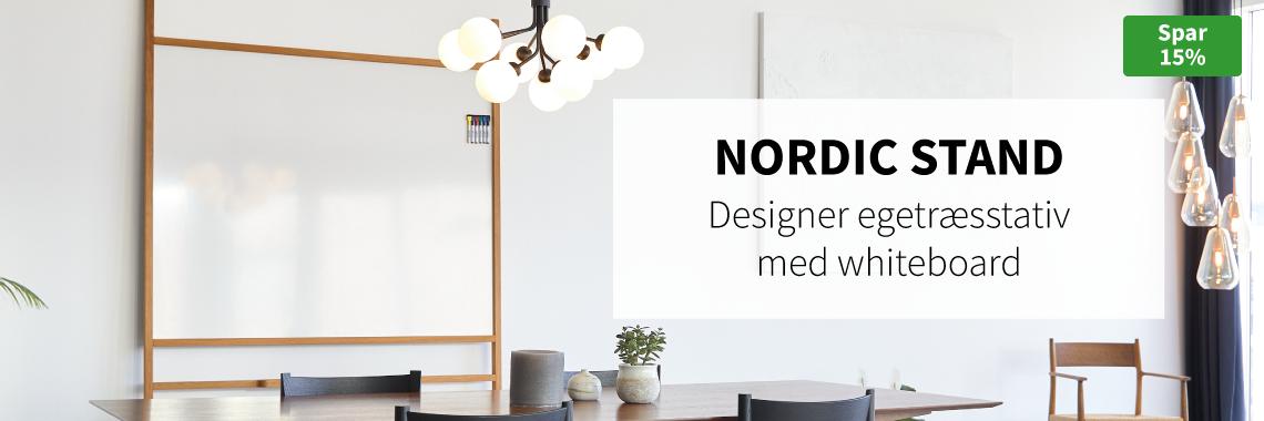 Nordic Stand – designer egetræsstativ med whiteboard