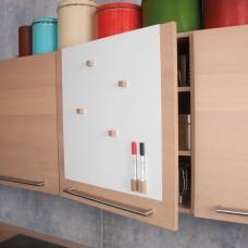 Whiteboardtavle til køkkenskab